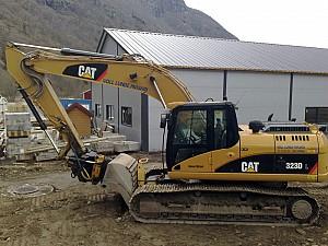 Cat-323-DL-2010